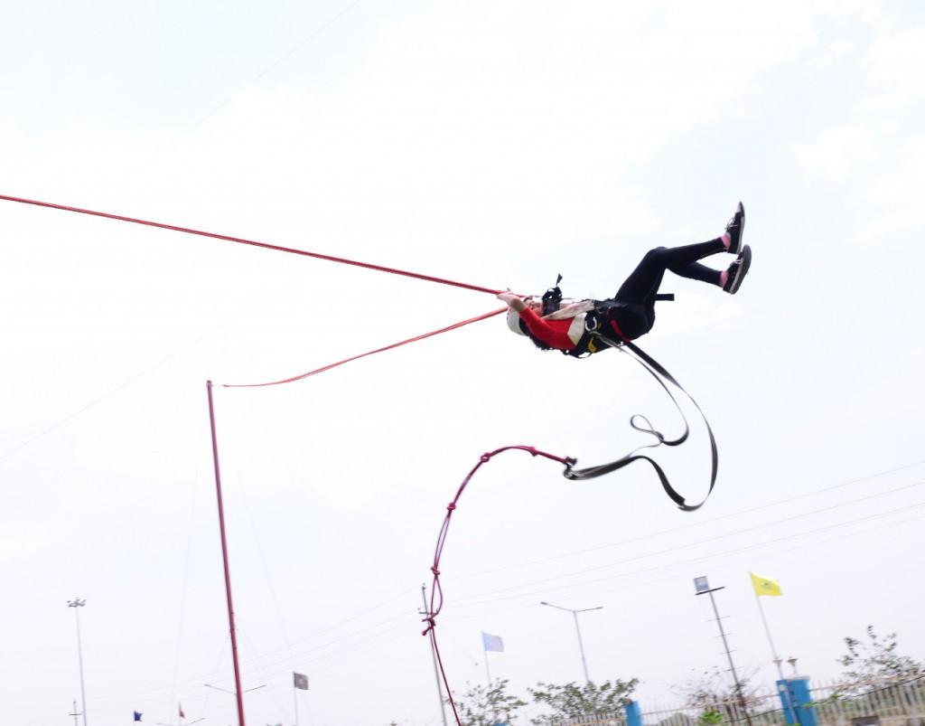 human slingshot in delhi