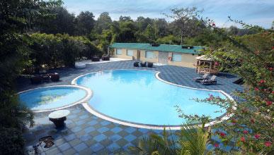 Acorn Hideaway Resort