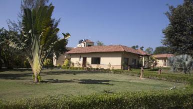 luxury resort in kanha
